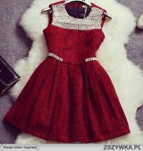 czerwona-sukienka